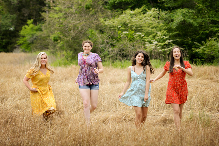Wheat Field Senior Models in Huntsville, AL